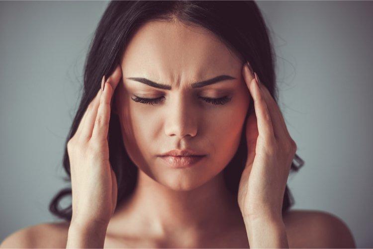 Bệnh viêm dây thần kinh tiền đình là gì? Nguyên nhân, triệu chứng